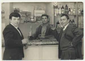 Carmine Mereu (al centro), Francesco Piras e Mario Rodriguez: archivio popolare fotografico